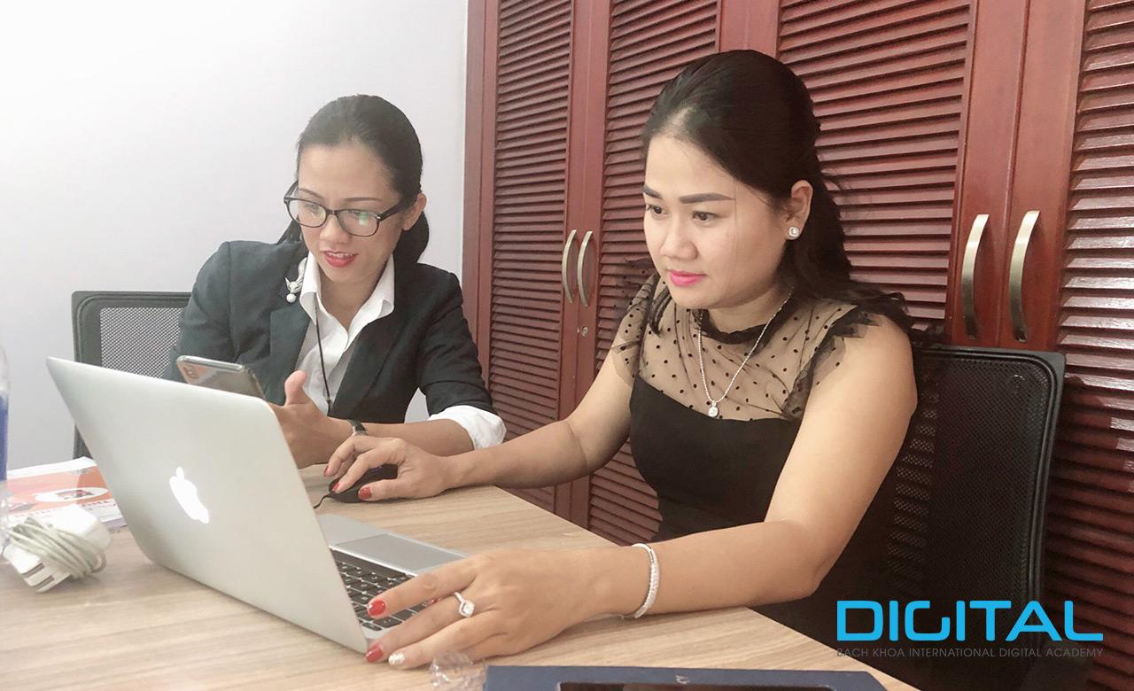 Digital Marketing định cư, du học