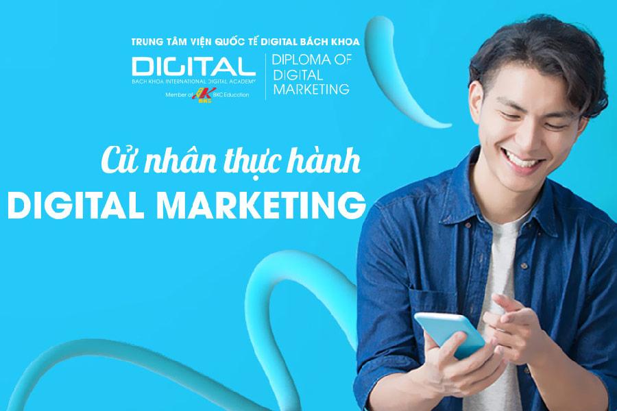 Cử nhân Digital Marketing